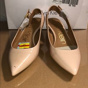 Calvin Klein 7.5 M Womens Luka Leather Pumps